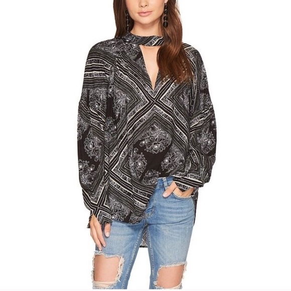 Free people walking on a dream V neck Tunic